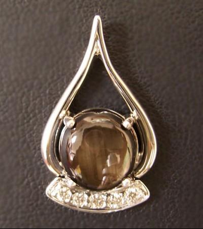 Black_star_sapphire_and_diamond