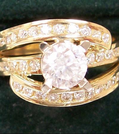 Custom_diamond_ring